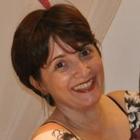 Dra. Kelly Penna Serique (Cirurgiã-Dentista)