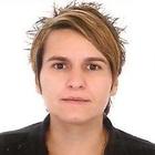 Claudia Garbim (Estudante de Odontologia)