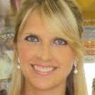 Dra. Ariane Bonato (Cirurgiã-Dentista)