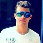 Maksuell Piancól (Estudante de Odontologia)