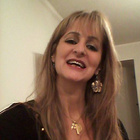 Dra. Jane Mourad (Cirurgiã-Dentista)
