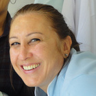 Dra. Andrea Sperandio (Cirurgiã-Dentista)