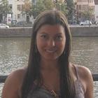 Dra. Laura Coelho (Cirurgiã-Dentista)