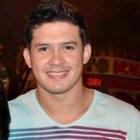 Douglas Cardoso (Estudante de Odontologia)