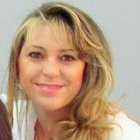 Dra. Shirley Lopes (Cirurgiã-Dentista)