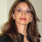 Dra. Cristiane Cruvinel Ferreira (Cirurgiã-Dentista)