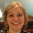 Dra. Roberta Justi Cassia (Cirurgiã-Dentista)