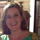 Dra. Silvia Fuerte (Cirurgiã-Dentista)