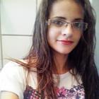 Lara Morais (Estudante de Odontologia)