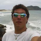 Carlos Eduardo Wudich Borba (Estudante de Odontologia)