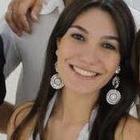 Dra. Aline Garcia Iunes (Cirurgiã-Dentista)