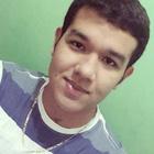 Esau Tavares (Estudante de Odontologia)
