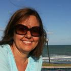 Dra. Elizabeth Branco (Cirurgiã-Dentista)