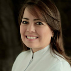 Dra. Silvia Masae de Araújo Michida Burattini (Cirurgiã-Dentista)