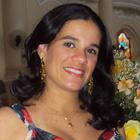 Dra. Julyana Medeiros (Cirurgiã-Dentista)