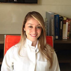 Dra. Polyanna Lima Pereira (Cirurgiã-Dentista)
