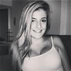 Kely de Carli (Estudante de Odontologia)