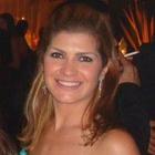 Dra. Camila Fernández Y Fernández Lopes (Cirurgiã-Dentista)