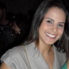 Dra. Carol Dornelas (Cirurgiã-Dentista)