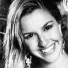 Dra. Cláudia Godinho (Cirurgiã-Dentista)