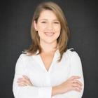 Dra. Fernanda Carrera Schroeder (Cirurgiã-Dentista)