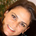 Dra. Priscila Tripicchio (Cirurgiã-Dentista)