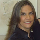 Dra. Giselle Pestana Macedo (Cirurgiã-Dentista)