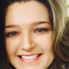 Carla Galluzzi (Estudante de Odontologia)