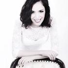 Dra. Amanda Karla Fagundes Dias (Cirurgiã-Dentista)