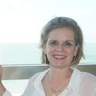 Dra. Angela Teixeira (Cirurgiã-Dentista)