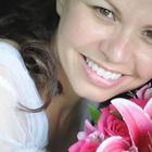 Dra. Gislene Gomes de Oliveira (Cirurgiã-Dentista)