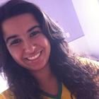 Camila Luchesi Palhares (Estudante de Odontologia)