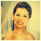 Dra. Suyana Carneiro (Cirurgiã-Dentista)