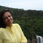 Dra. Mira Almeida (Cirurgiã-Dentista)