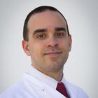 Dr. Bruno Damasceno Faccio (Cirurgião-Dentista)