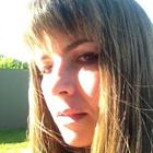 Dra. Melissa Eotvos Cunha de Oliveira (Cirurgiã-Dentista)