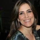 Dra. Tatiana Leal (Cirurgiã-Dentista)