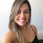 Dra. Raquel Ferreira (Cirurgiã-Dentista)
