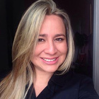 Dra. Ana Claudia Noel (Cirurgiã-Dentista)