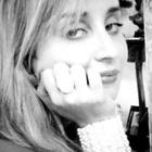 Dra. Carolina Lessa Russo (Cirurgiã-Dentista)