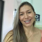 Dra. Mabelita Villagomez Robles (Cirurgiã-Dentista)