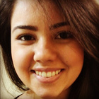 Dra. Nayara Teixeira Freitas (Cirurgiã-Dentista)