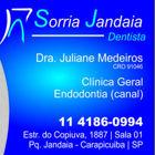 Dra. Juliane Carvalho Medeiros (Cirurgiã-Dentista)
