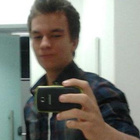 Gustavo Binow (Estudante de Odontologia)