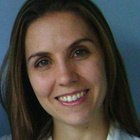 Dra. Marina de Oliveira Coelho Ficoni (Cirurgiã-Dentista)
