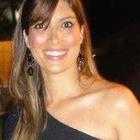 Dra. Carol Brito Ceccon (Cirurgiã-Dentista)