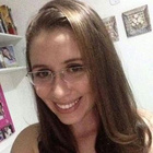 Stefannie Lopes (Estudante de Odontologia)